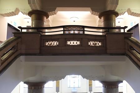 2013.01.12 みなとみらい 旧横浜商工奨励館 貴賓室前の階段踊り場