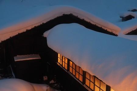2013.01.27 乳頭温泉鶴の湯 内湯への渡り廊下