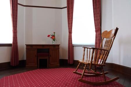 2013.04.05 山手 外交官の家 rocking chairのある部屋