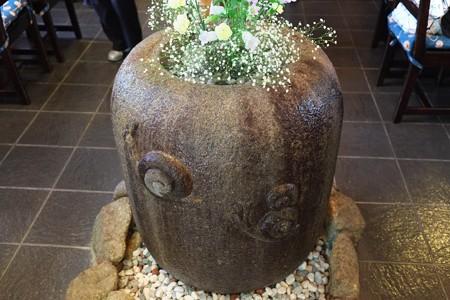 2013.05.09 鎌倉 竹庵 手水鉢 でんでん虫