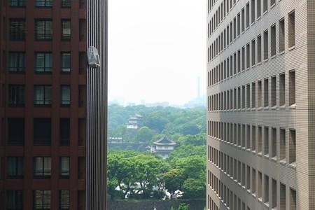 2013.06.18 新丸ビル 皇居方向に空中職場