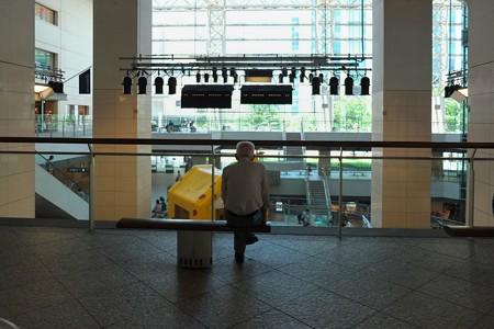 2013.07.07 みなとみらい クイーンズスクエア横浜 ベンチ