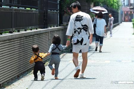 2009.08.04 富士市 甲子祭 おじさんと姫に王子