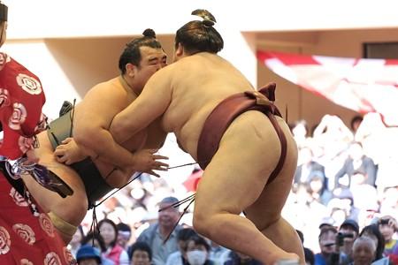 2014.04.04 靖国神社 奉納相撲 火花