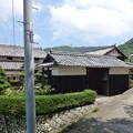 日吉神社前の門型倉庫のあるお宅