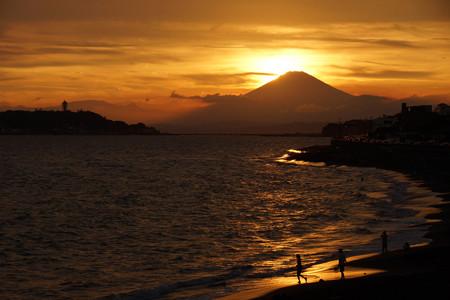 夕暮れの富士山120909