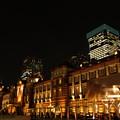 Photos: 復元された東京駅赤レンガ駅舎のライトアップ!121005b