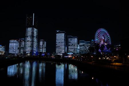みなと未来のビルがライトアップ2!2012