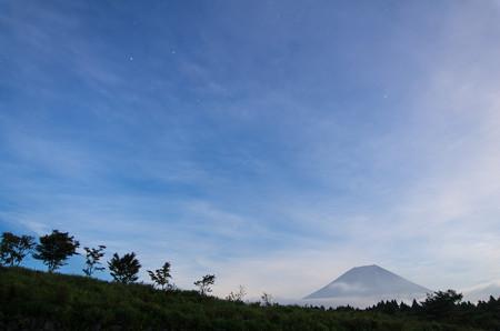 薄雲と富士山