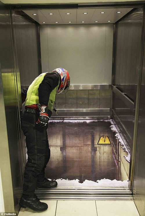 elevator02_02