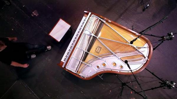 pianoguy_01