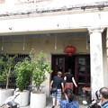 古民家のレストラン、100mおくまで続いています。