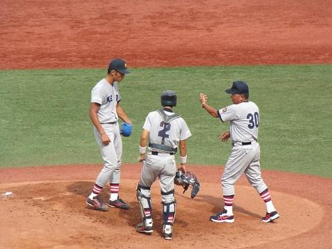 東京六大学野球 開幕(2013秋)