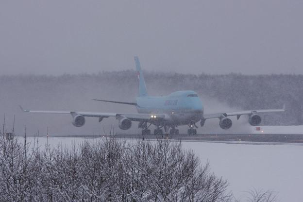 B747 HL7461 雪ヲマキアゲTakeOff