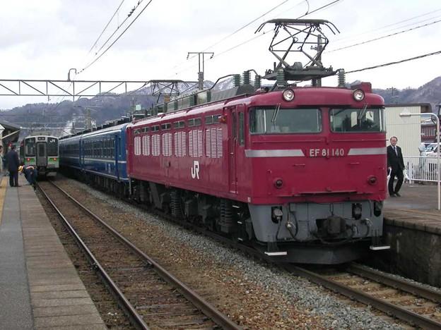 EF81 140+12系6B+D51 498
