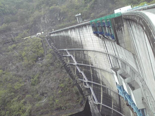 矢作第一ダムです。水力発電しています。