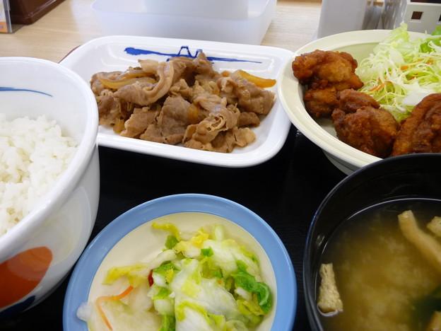 松屋 牛皿唐揚げ定食
