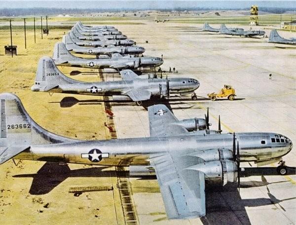 B29戦闘爆撃機と3.10東京大空襲