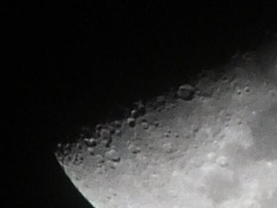 HS30EXRで月面X