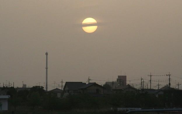 007e_黄砂の向こうの落日