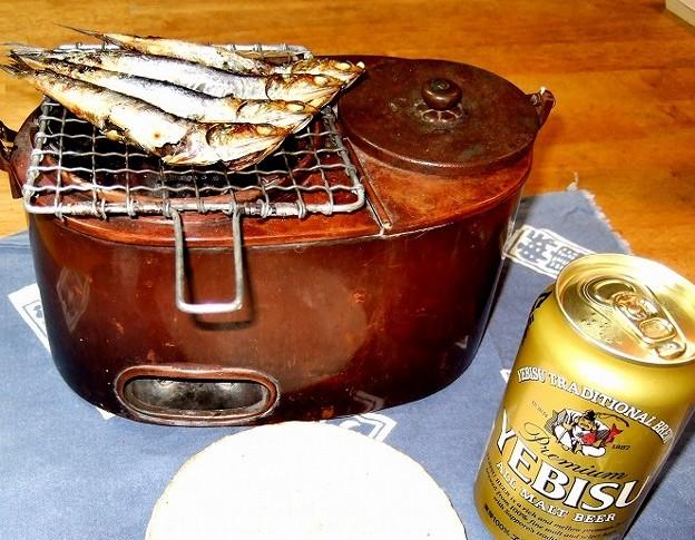 燗銅壺 メザシとビール