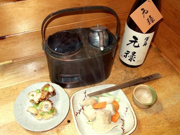燗銅壺 澤乃井さんの「元禄酒」を上燗で Sake warmer
