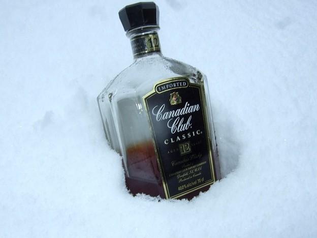 雪見酒にはカナディアンウイスキーが似合う