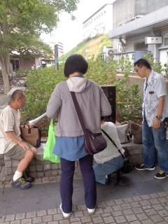 本郷台・慰安婦ポスティング(6月24日)。