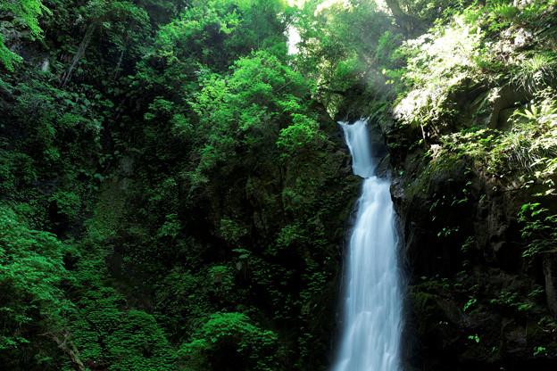 塩川の滝 01