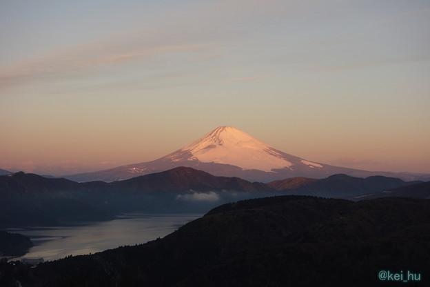 Photos: 朝焼けの富士山