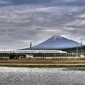 Photos: 富士山とN700系 HDR