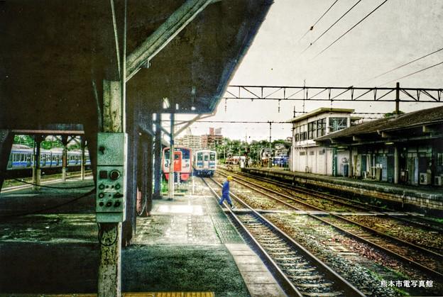 2001年当時の熊本駅1番線の端っこの風景。