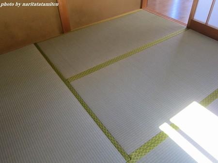 貸し家の畳04