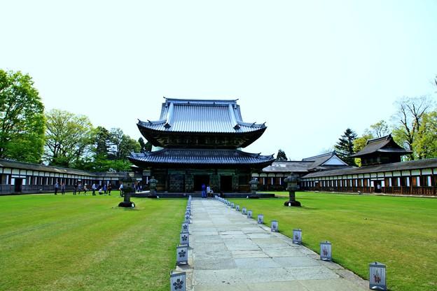 瑞龍寺 仏殿と大庫裏(1)
