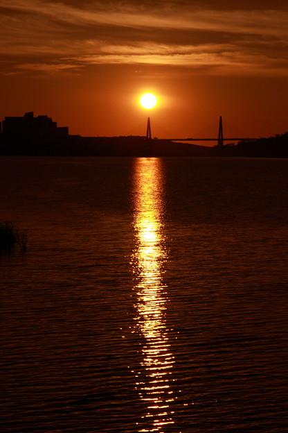 夕日と黄金の光跡  サンセットブリッジ内灘