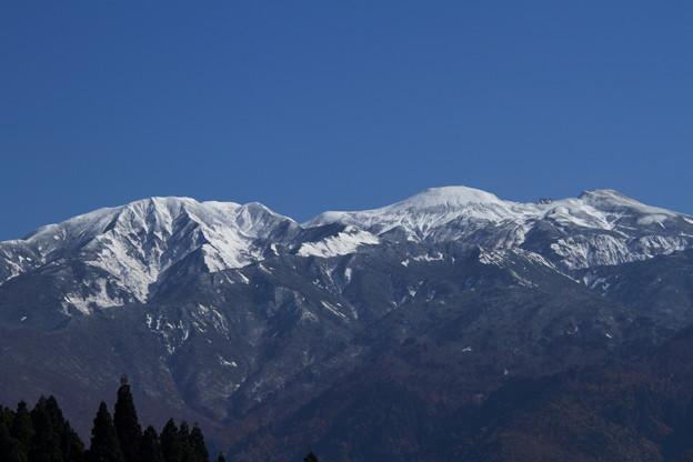 冠雪の白山 アップで