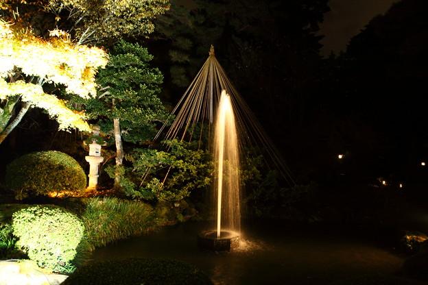 兼六園 ライトアップ 日本最古の噴水