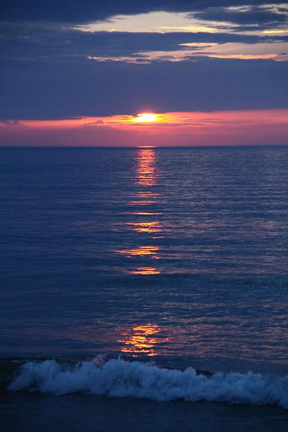Photos: 夕陽と日本海