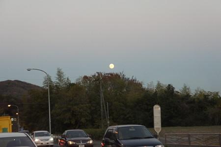 月を追いかけて 4