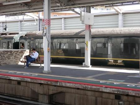 大津京駅の写真4