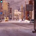 夜に降った雪が残る早朝の函館の街?