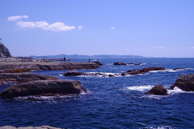 江ノ島の稚児ヶ淵で磯釣りを・・・20130428