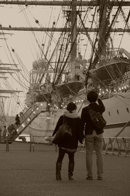 Photos: ふたりが見た帆船・・・