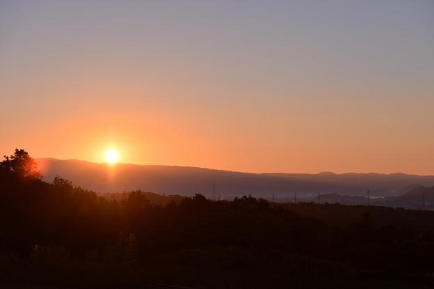 沼津から見る朝焼け・・20131123