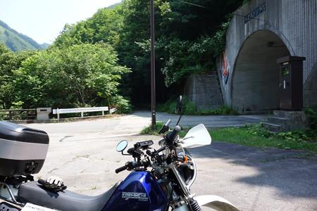 R361・水屋谷トンネル旧道-2