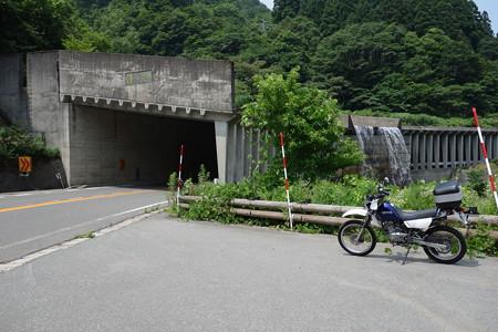 佛御膳滝洞門-1