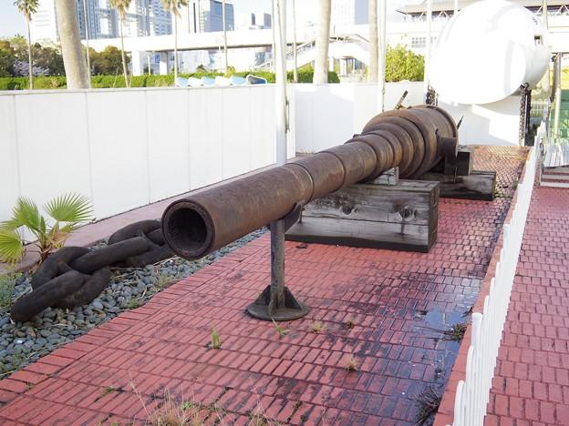 何かの大砲