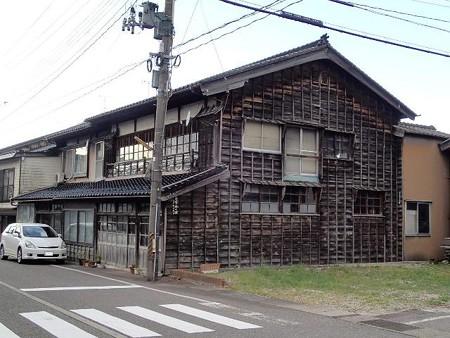 25 10 新潟 糸魚川の町並み 2