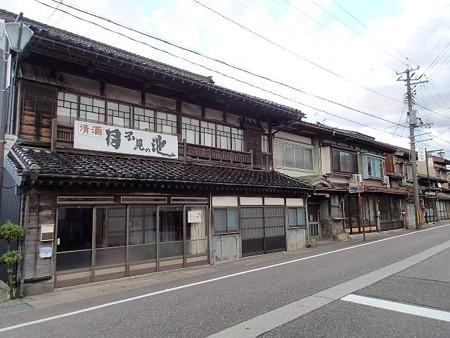 25 10 新潟 糸魚川の町並み 3
