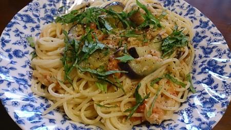 ツナ、なす、トマトのスパゲティ